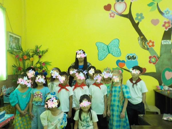 フィリピンの現地インターナショナルスクールでクラスのこと集合写真